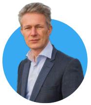 - Wim Verschoor, online academie expert en eigenaar van Satisvact